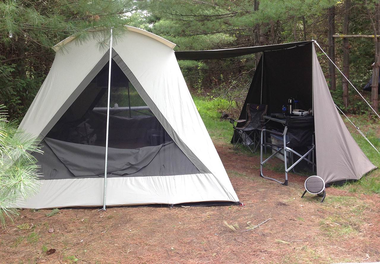 ... assets/images/1604-in use.jpg ... & Kodiak Vestibule Wing 0604 for 14-Foot Canvas Tents - Spring Discount