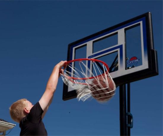 Lifetime 48 Inch Polycarbonate Portable Basketball Hoop