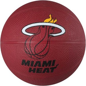 Spalding 65-547E Miami Heat Mini Rubber Basketball